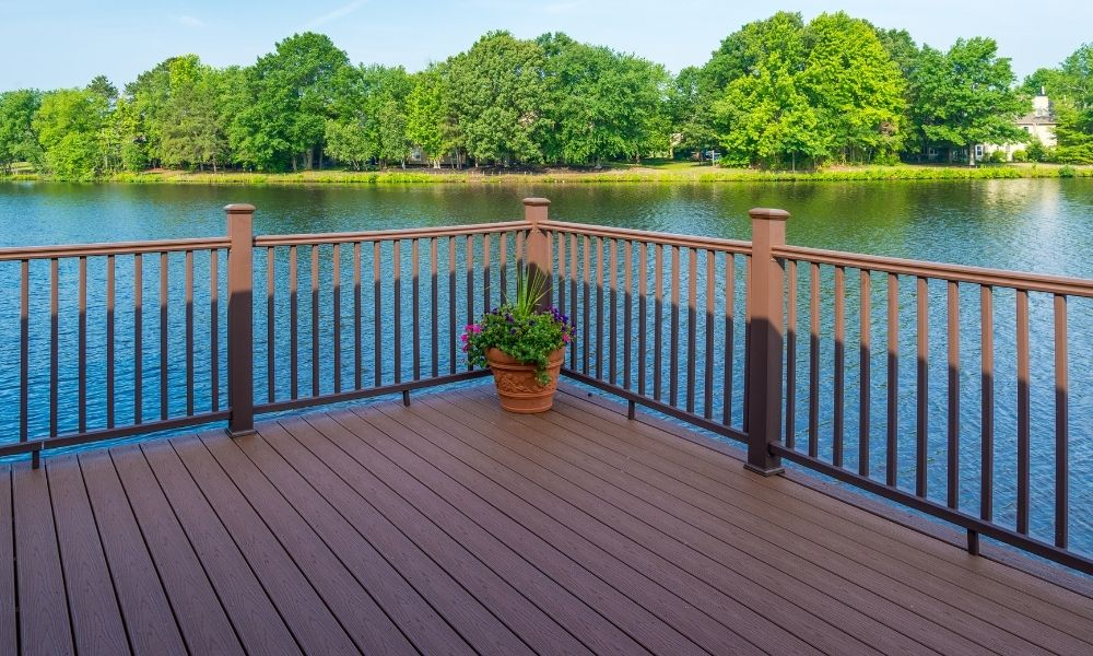 How to Properly Space Deck Railing Posts